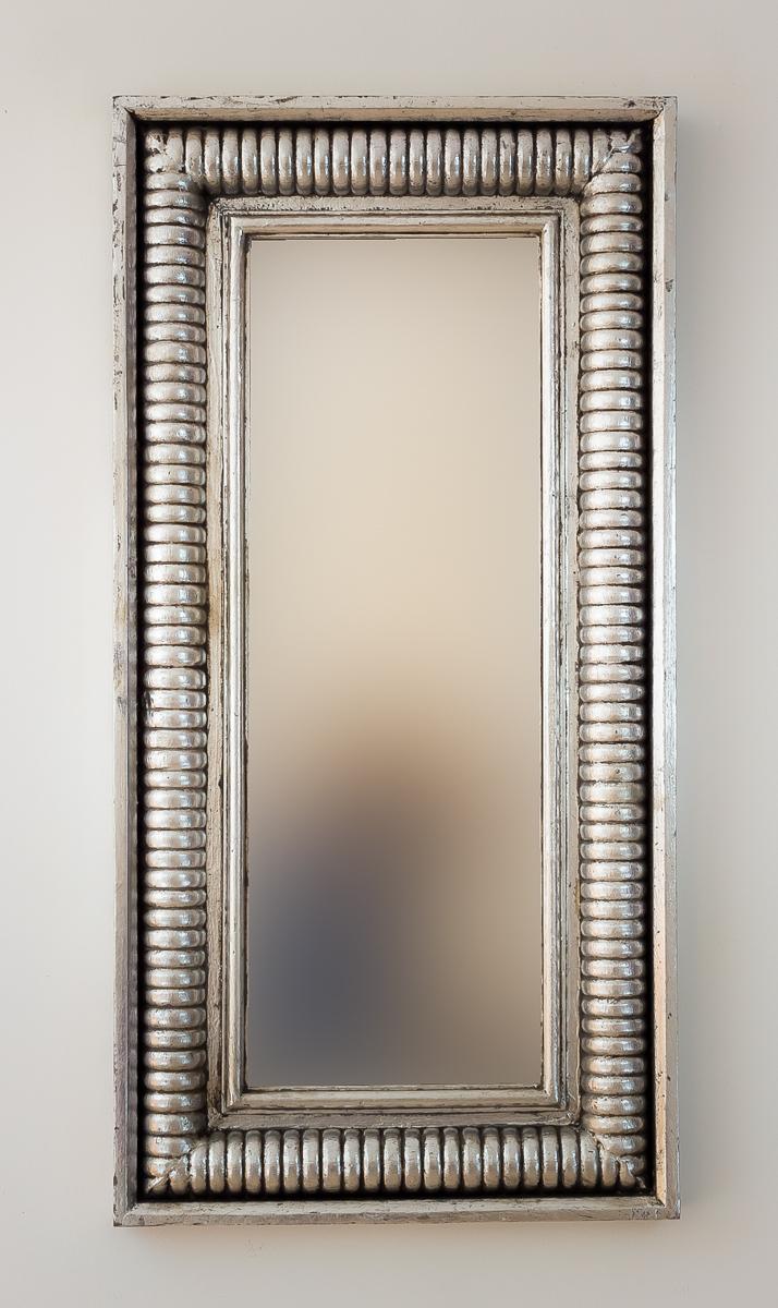 Espejo decorativo de pared en madera bambu aget plata for Espejo madera envejecida