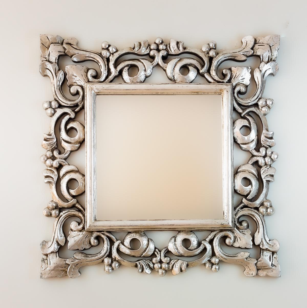 Espejo de pared en madera gada warta plata envejecida for Espejo madera envejecida