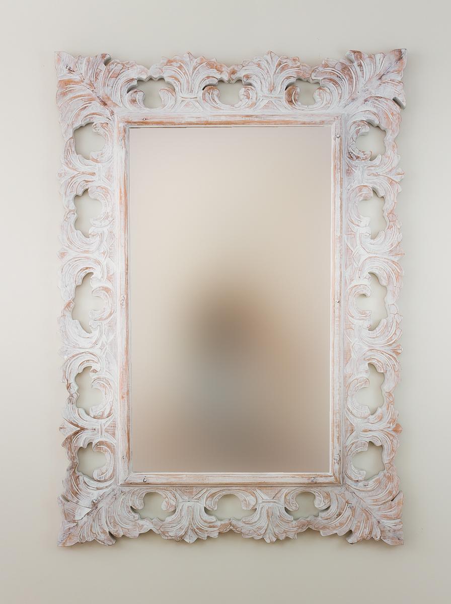 Espejo decorativo en madera colonial classic blanco for Espejo blanco envejecido