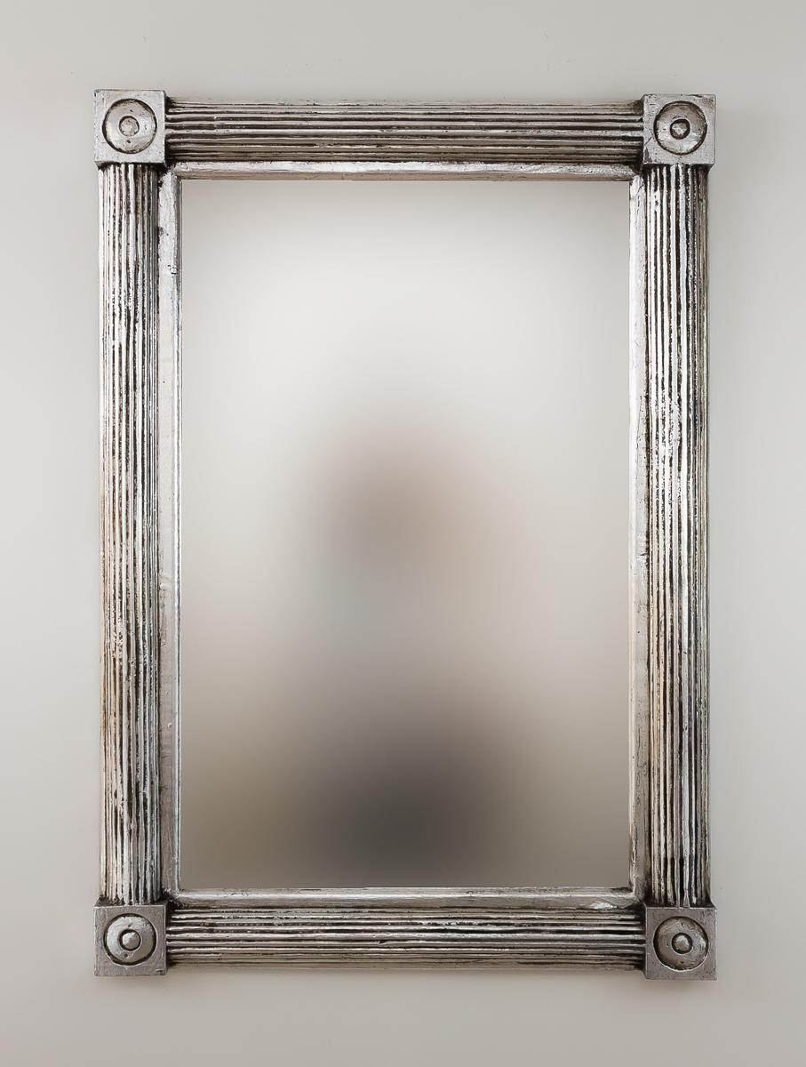 Espejo decorativo de pared en madera bulig sisir plata for Espejo pared plata