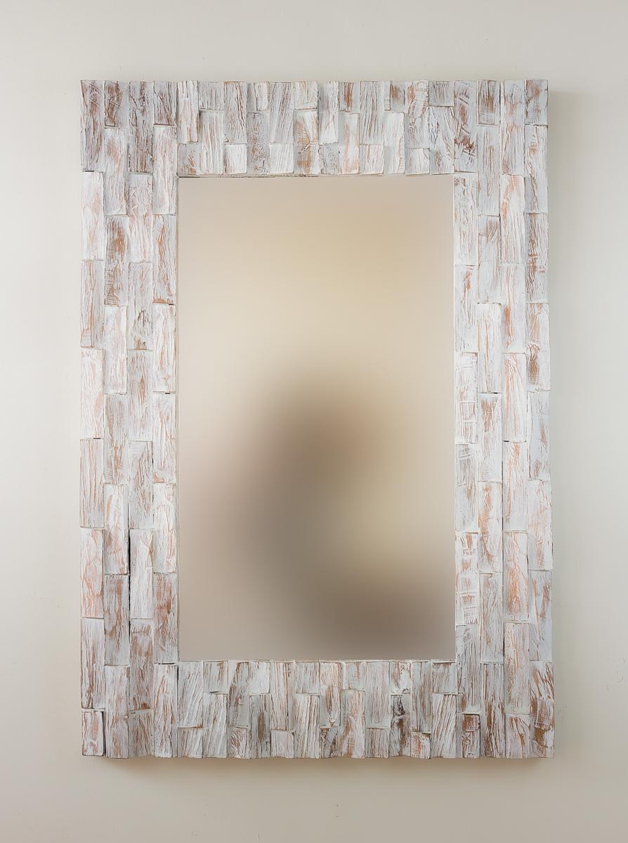 Espejo de pared en madera catak bendy blanco envejecido for Espejo blanco envejecido