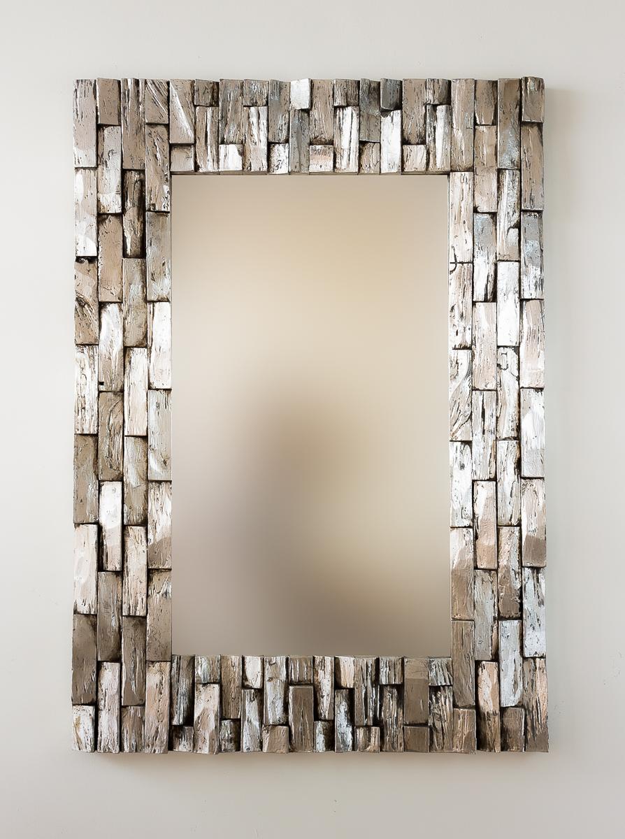 Espejo decorativo de pared en madera catak bendy plata for Espejo madera envejecida