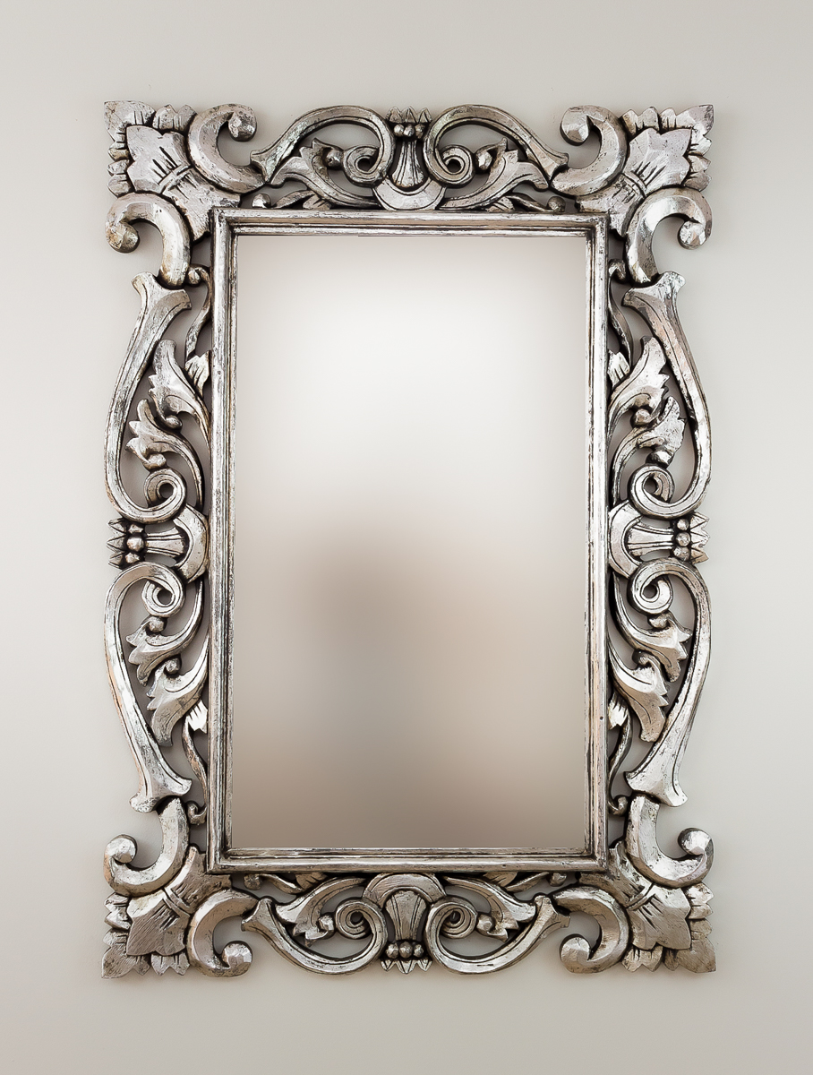 Espejo decorativo pared en madera tanduk plata envejecida for Espejo pared plata