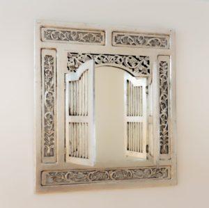 Rococo. Mueble, espejo y complementos