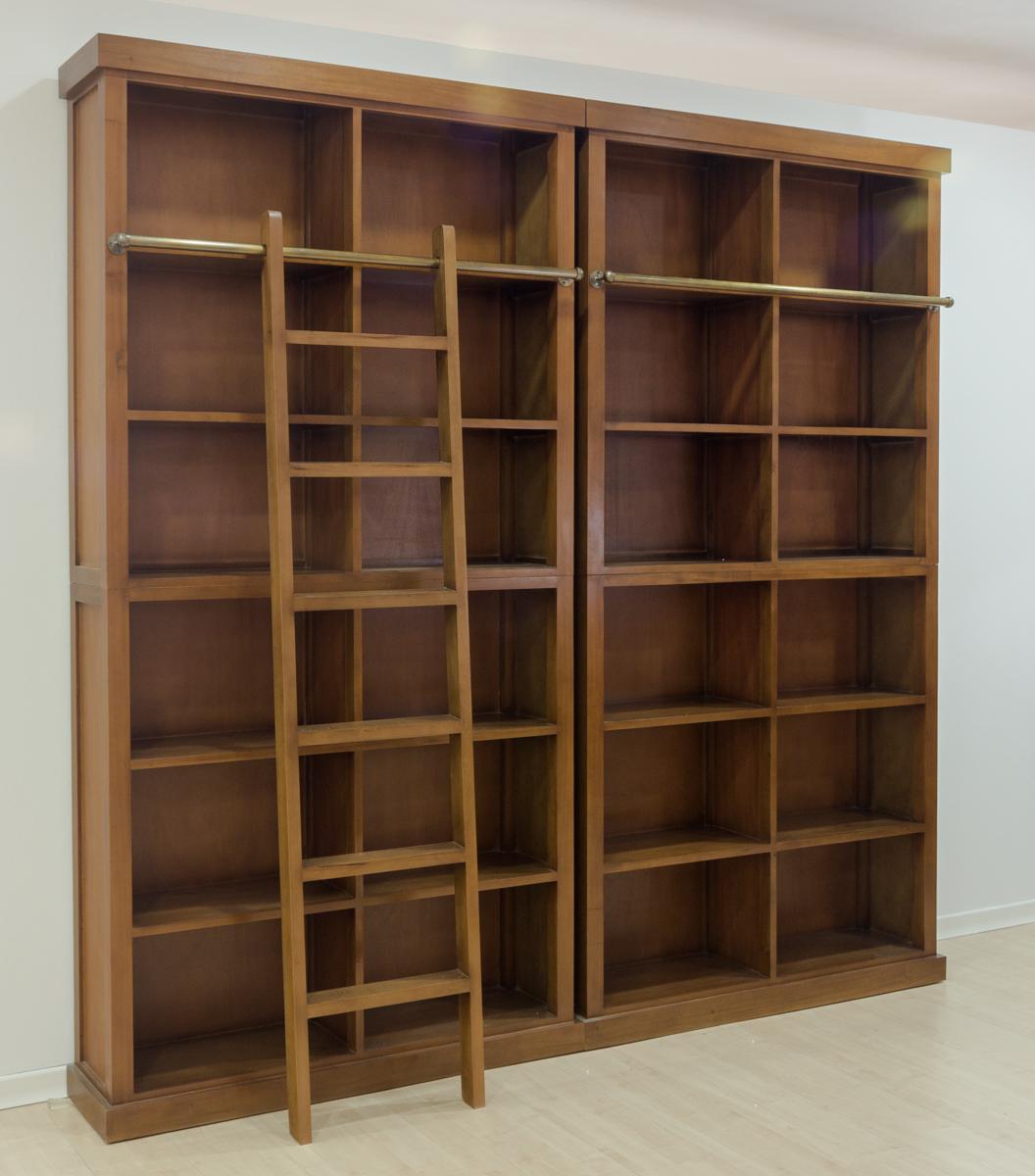 Librer a cl sica de madera maciza con escalera decorativa for Escalera libreria