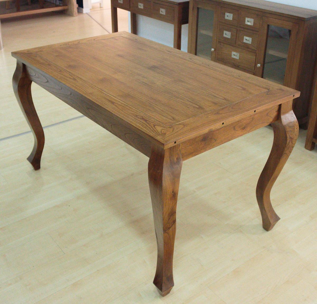 Mesa de comedor extensible de madera Uma de 140/200x80cm