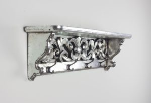 Perchero decorativo en plata envejecida