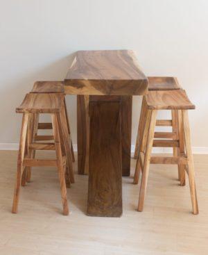 Barra bar de madera Suar 150cm realizada artesanalmente en madera maciza.