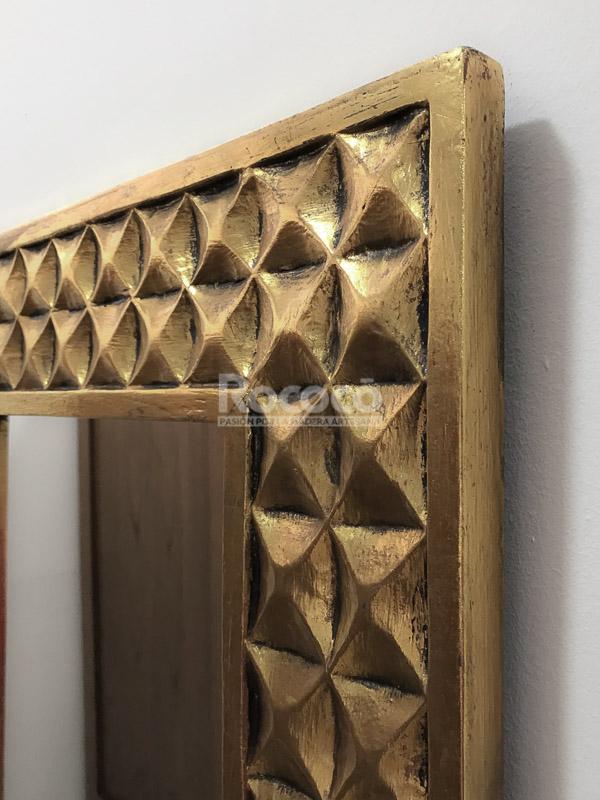 Espejo decorativo de pared en madera batik ceblong plata for Espejo pared madera