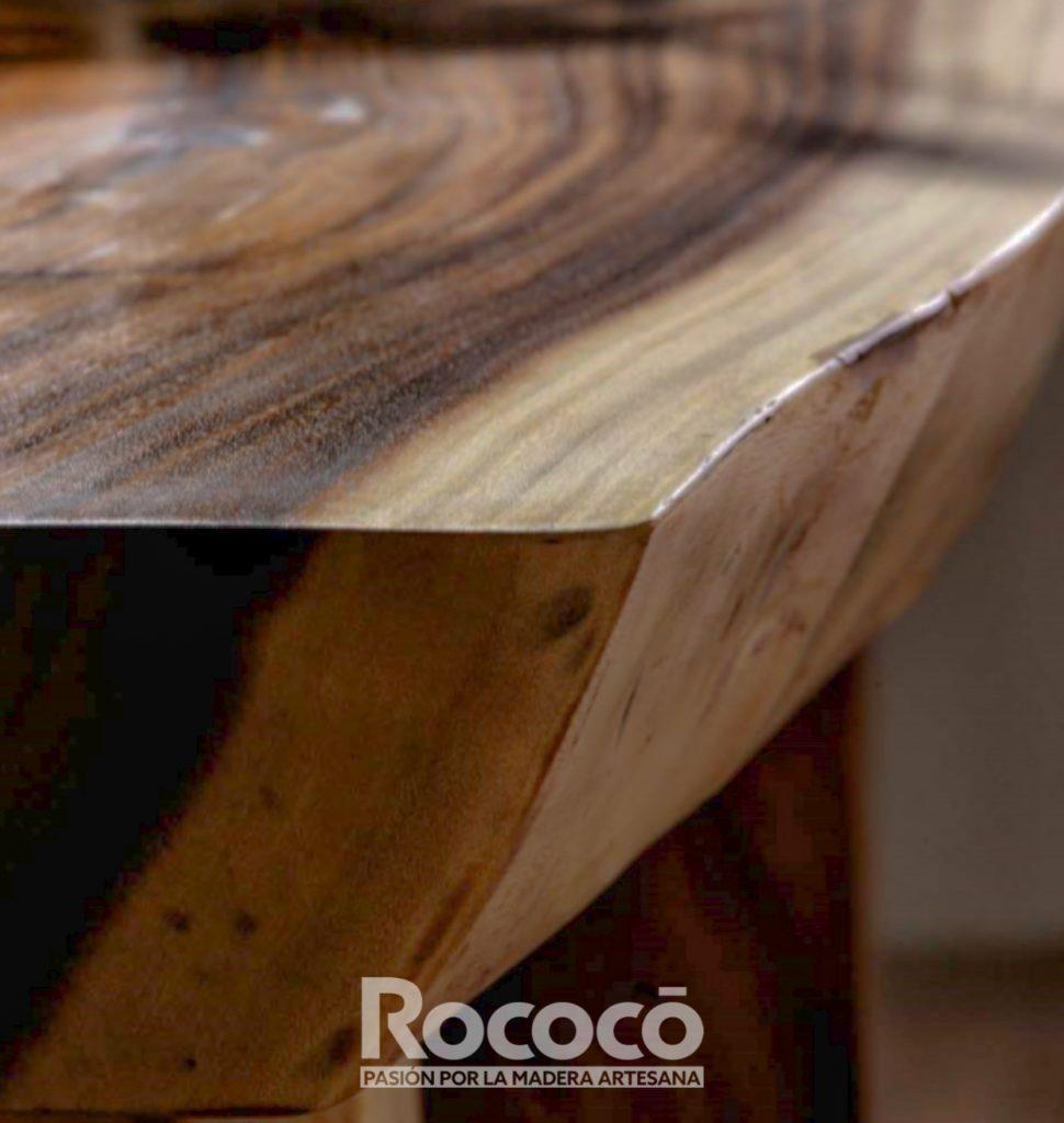Mesa de suar detalle de madera