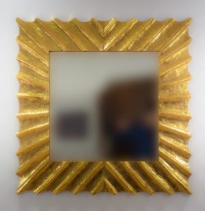 Espejo de pared decorativo Surya Burik Oro (envejecido) de 100cm.