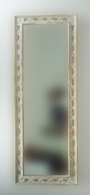 Espejo decorativo de madera Tali Bolong de 160x60 en blanco y pan de oro