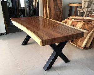 Mesa una pieza de madera pata en X