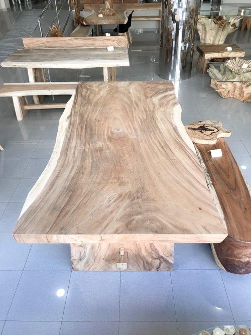 Mesa maciza de suar de 250cm