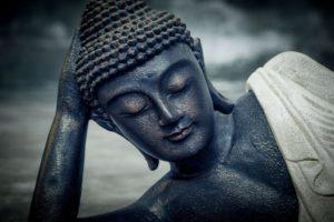 Buda tumbado para interior o jardín