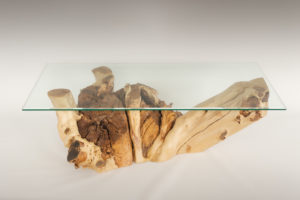 Mesa de Olivo de tronco natural de 37x60x112 | MiRococo.com