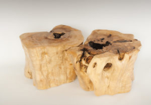 Mesa de Olivo de tronco natural de 37x54x54 | MiRococo.com
