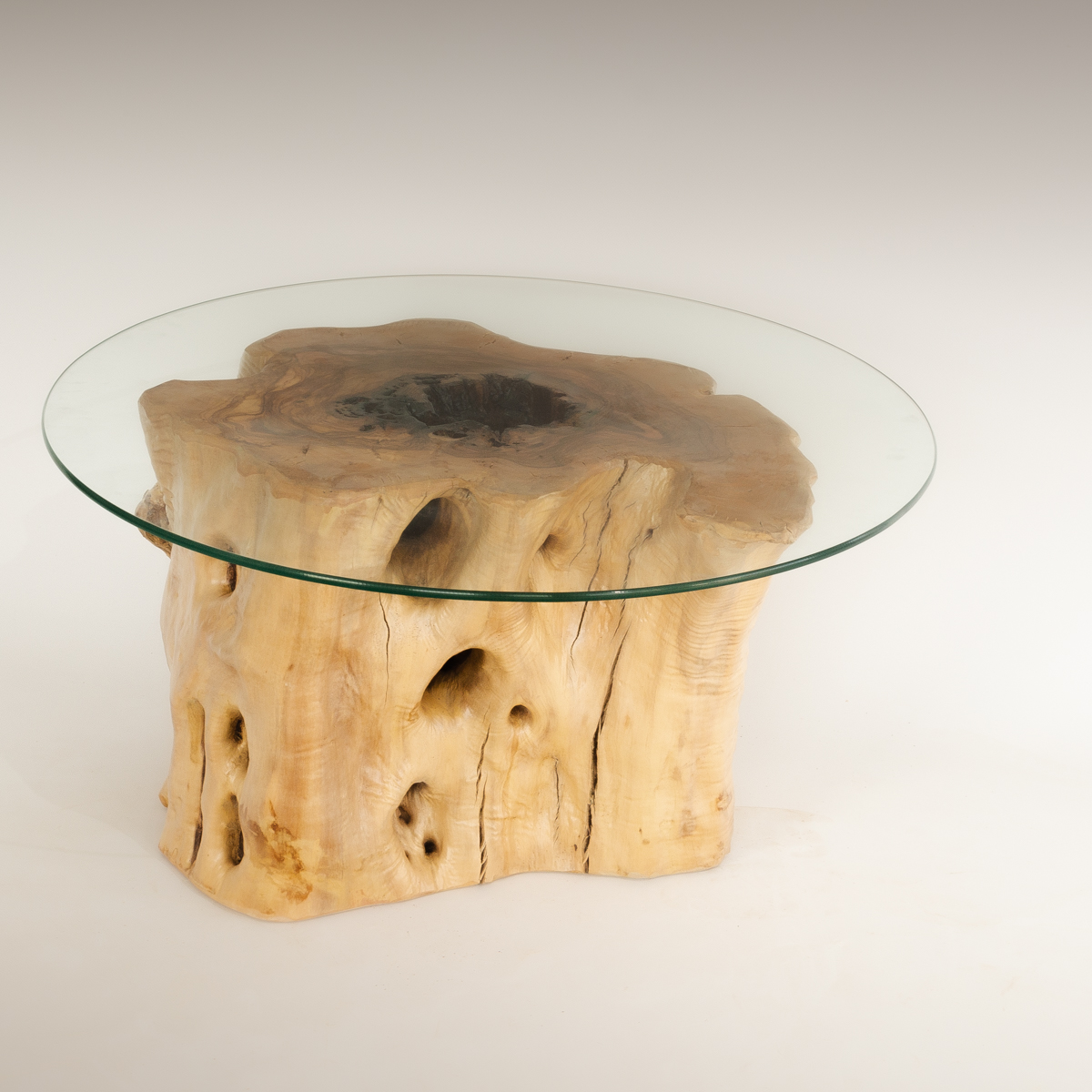 Mesa de Olivo de tronco natural de 37x50x55 | MiRococo.com