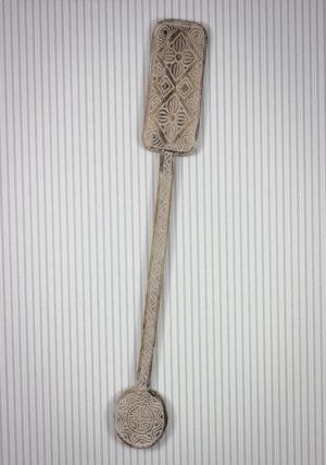 Remo decorativo tallado en madera