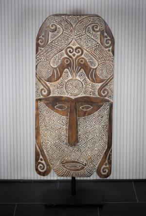 Máscara étnica decorativa