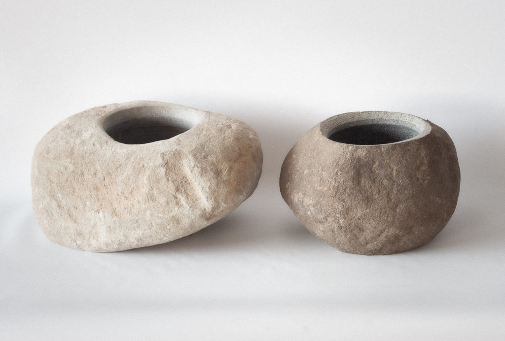 Bol, macetero de piedra de rio