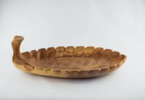 Bol decorativo tallado con formad e hoja en madera de Teca de 55x30x17cm aprox.. MiRococo