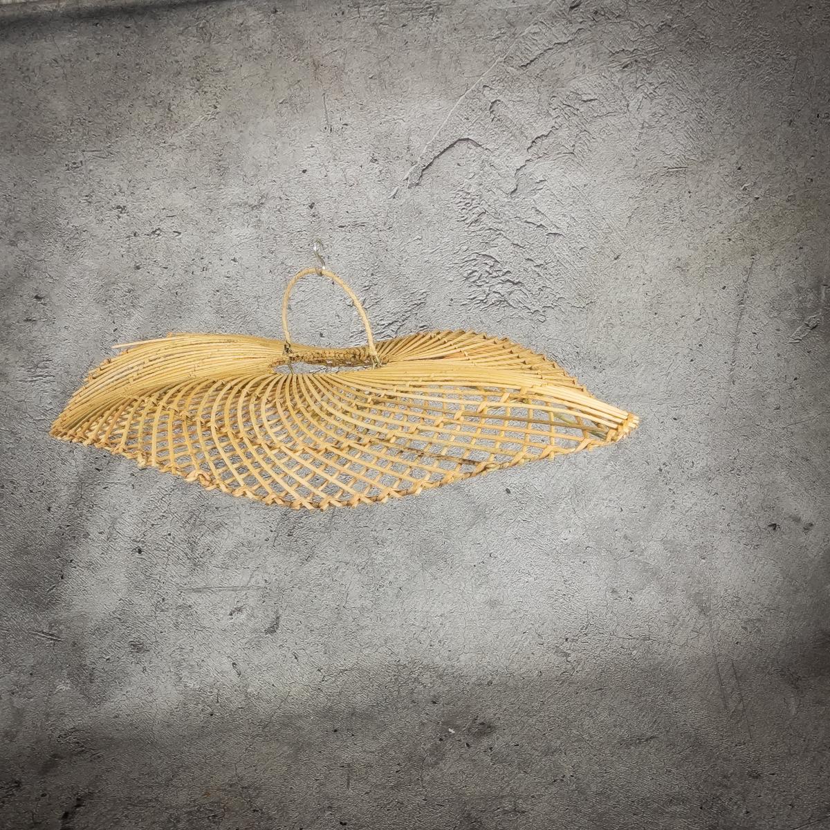 Lampara de rattan Oval Pleyok de 80cm