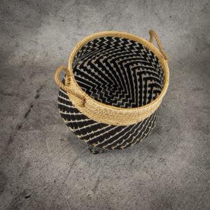 Cesto en blanco-negro-natural con asa de cuerda de 45x54cm