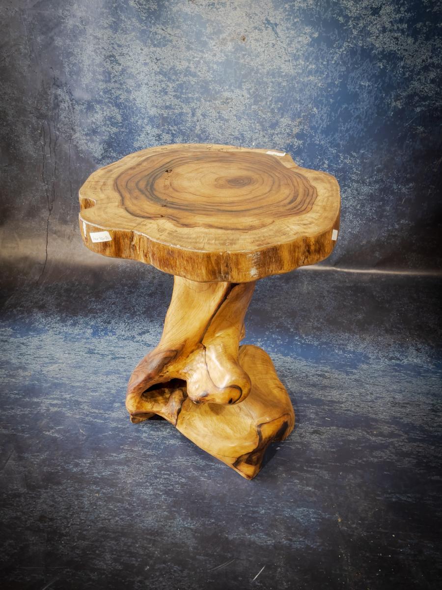 "Mesa auxilliar rústica de madera de Palo de Rosa ""Tea table"" de 62x58x83cm"