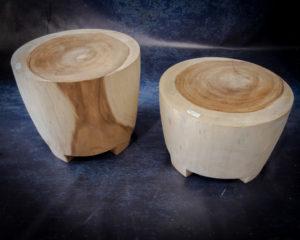 Mueble auxuliar de madera de Suar de 50x50x45 (grande)