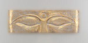 Panel de pared ojos de Buda de madera en pan de oro de 80x25cm